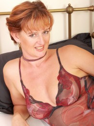 All Over 30 Liddy Is a Saucy and Very Naughty Dutch Redhead